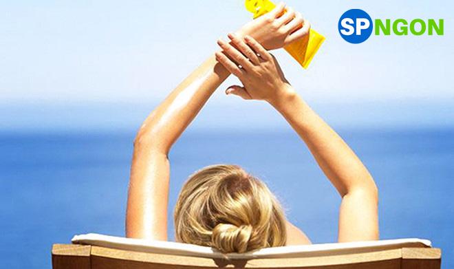 Sữa chống nắng dưỡng da Anessa Perfect UV Sunscreen